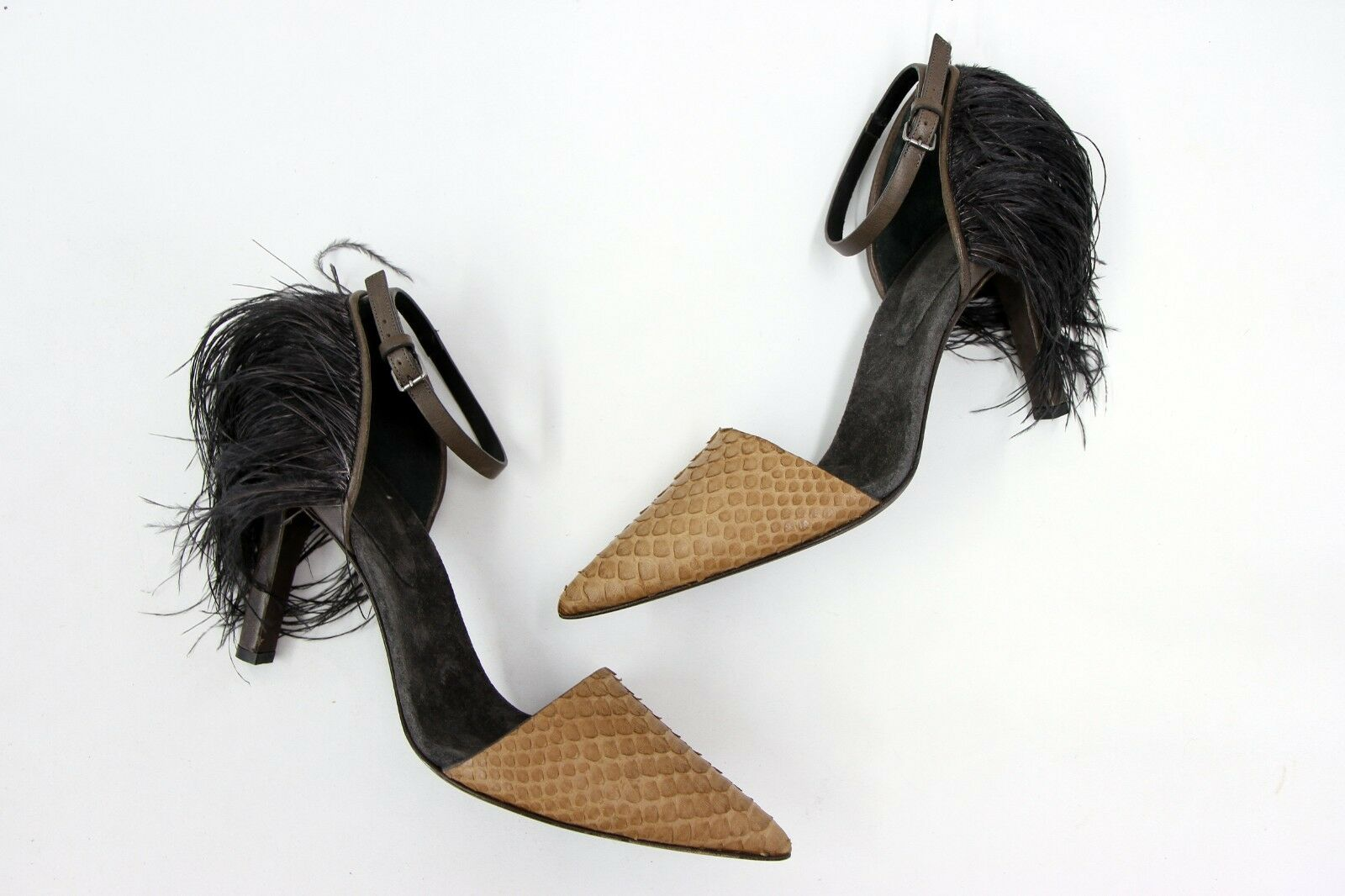 NWOB  1530 Brunello Cucinelli Cucinelli Cucinelli Genuine Suede Snakeskin Feathered Strappy Pumps e0739c