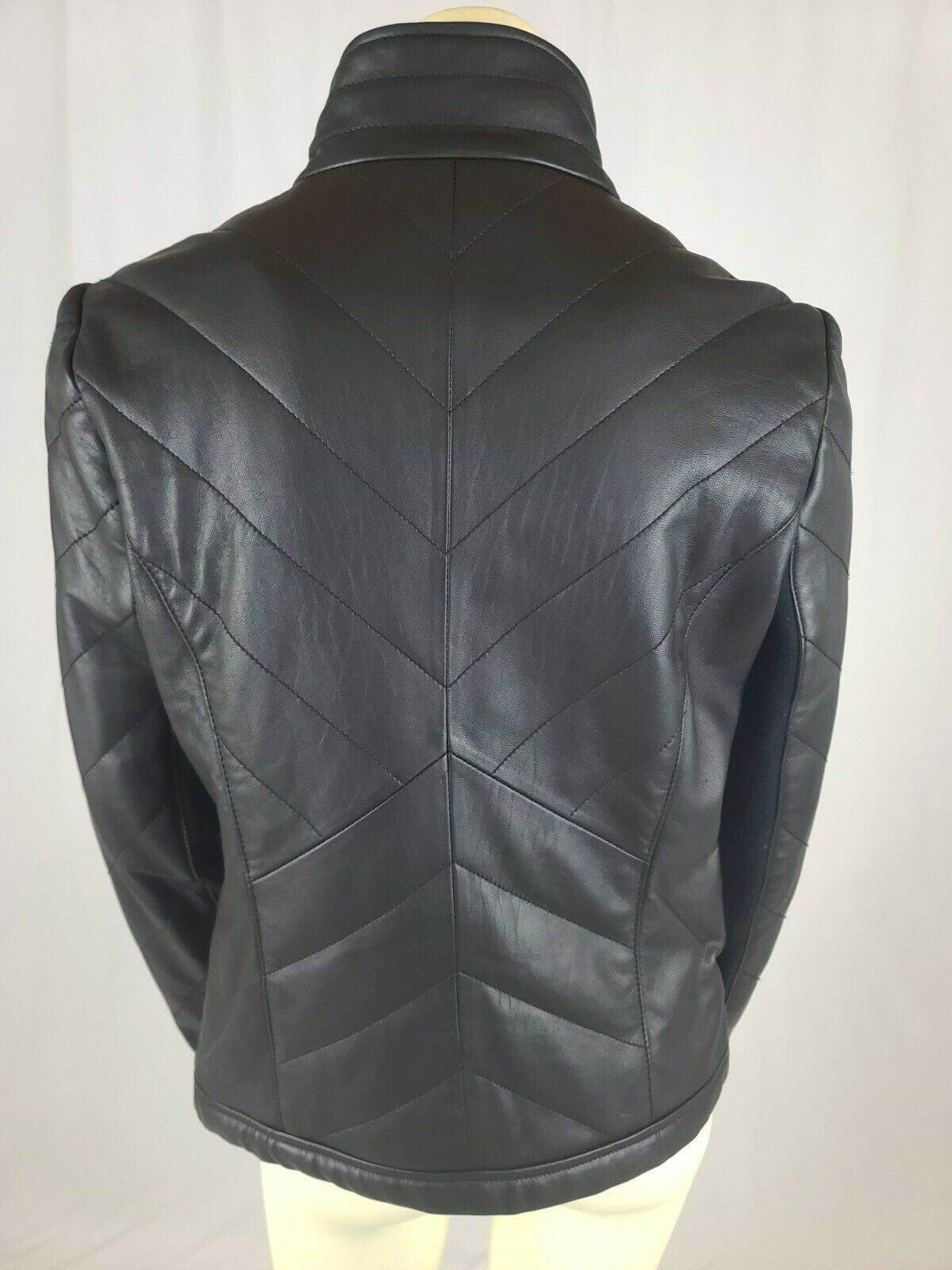 Badgley Mischka Women's Quilted Soft Leather Moto Jacket Black SZ Small Gold