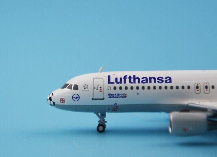 1 400 PandaModel Lufthansa AIRBUS A320 Passenger Passenger
