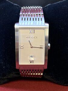 Gucci-Mens-Watch-8600M