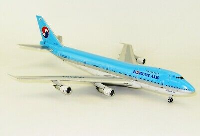 JFOX JF7472019 1//200 KOREAN AIR BOEING 747-200 HL7463 WITH STAND