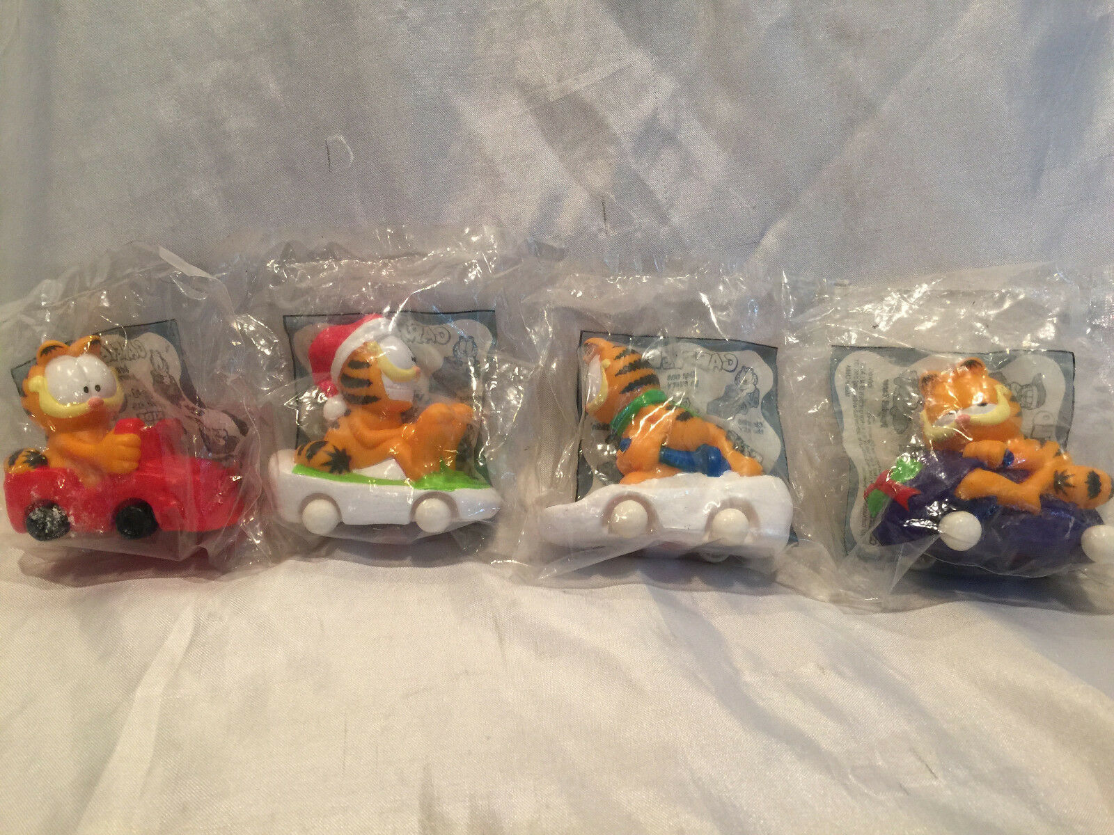 Collectible Carl's Jr.Cool Combos 1997 Garfield Toys - Complete Set Of 4 MIP