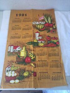VINTAGE-1981-LINEN-HANGING-TOWEL-CALENDAR-COUNTRY-FAIR-FARM-SCENES-VEGETABLES