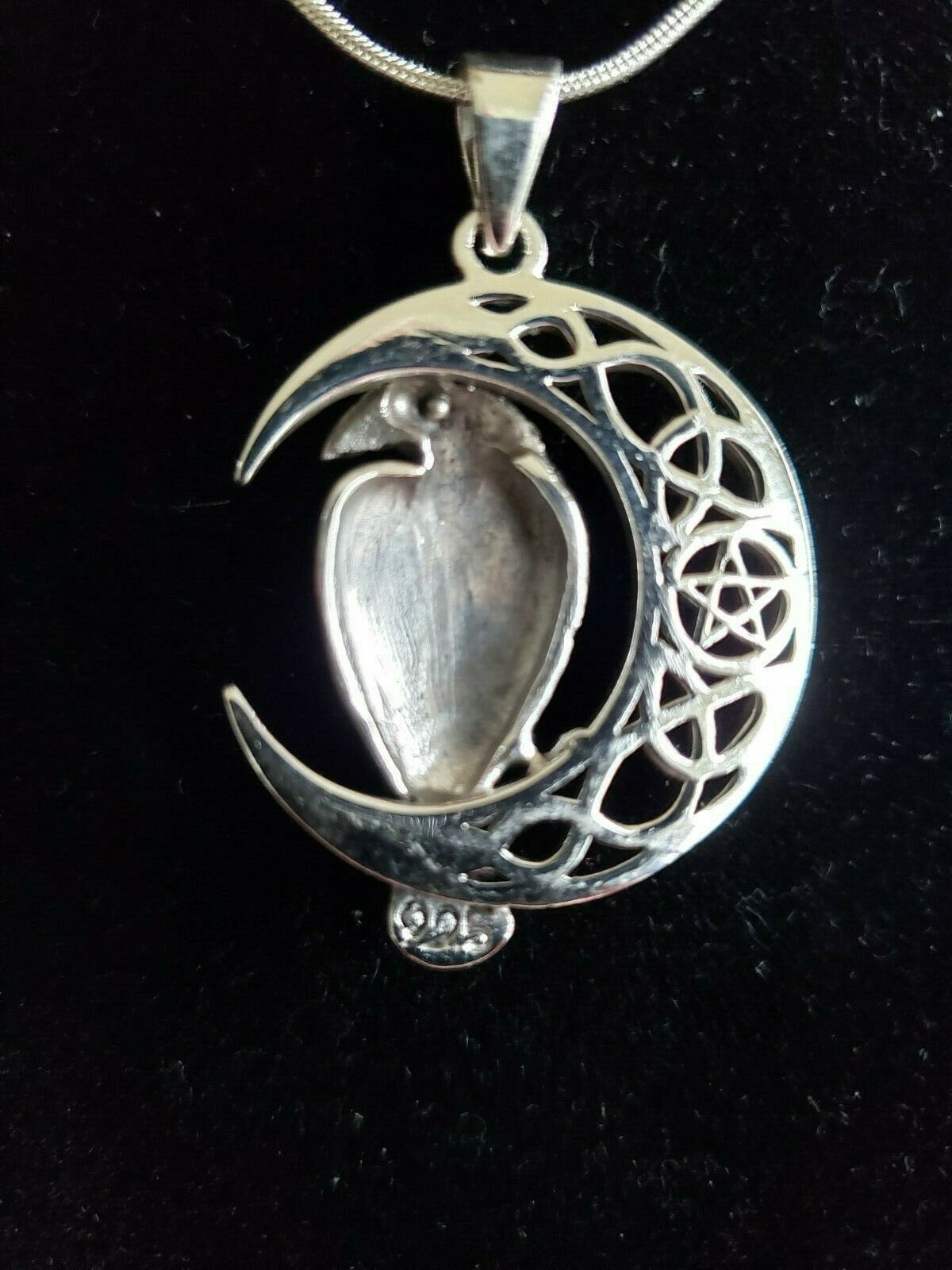THE **  RAVEN  ** PENDANT in  Sterling Silver by Peter Stone Exquisite detail