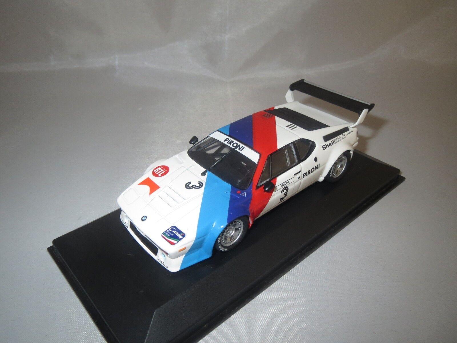 MINICHAMPS BMW m1 Workscar (D. PIRONI  3) 1 43 en vitrine