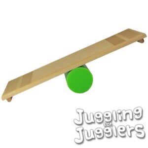 The-Oddballs-Rolla-Bolla-Balancing-Circus-Board