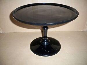 Kuchenplatte-Servierplatte-auf-Fuss-Aluminiumguss-schwarz-Impressionen-tableware
