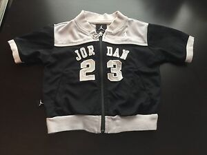 Michael jordan black jacket
