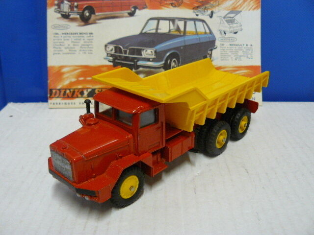 DINKY TOYS  ANCIEN  CAMION BERLIET GBO BENNE CARRIERE  référence 572 RARE