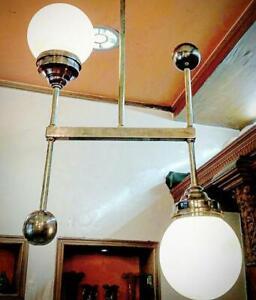 ANCIEN-ART-DECO-BAUHAUS-FIXTURE-PLAFOND-LAITON-LUSTRE-LAIT-LUMIERE-VERRE-LAMPE