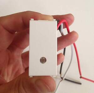 Sensori Crepuscolari Bticino.Dettagli Su Interruttore Crepuscolare 220 230 V Bticino Living Light Incasso Fotocellula