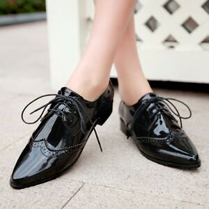 42bd6f28c0138 Block Women's Patent Leather Lace Up Pointed Toe Block Heel Oxford ...