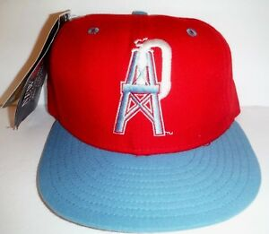 Vintage New Era Houston Oilers 5950 Fitted Size 7 NWT Hat Titans ... d78ecf6758a