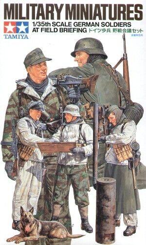 Tamiya Military Model 1/35 German Soldiers at Briefing Scale Hobby 35212