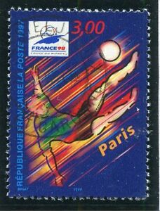 TIMBRE-FRANCE-OBLITERE-N-3077-FRANCE-98-FOOTBALL
