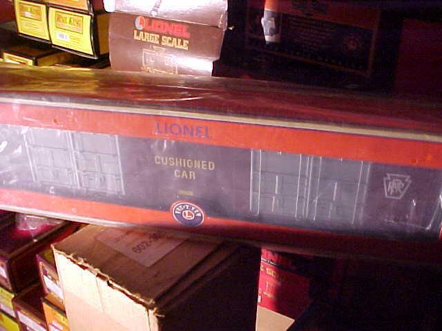 LIONEL----PRR 8 DOOR HI CUBE BOX CAR