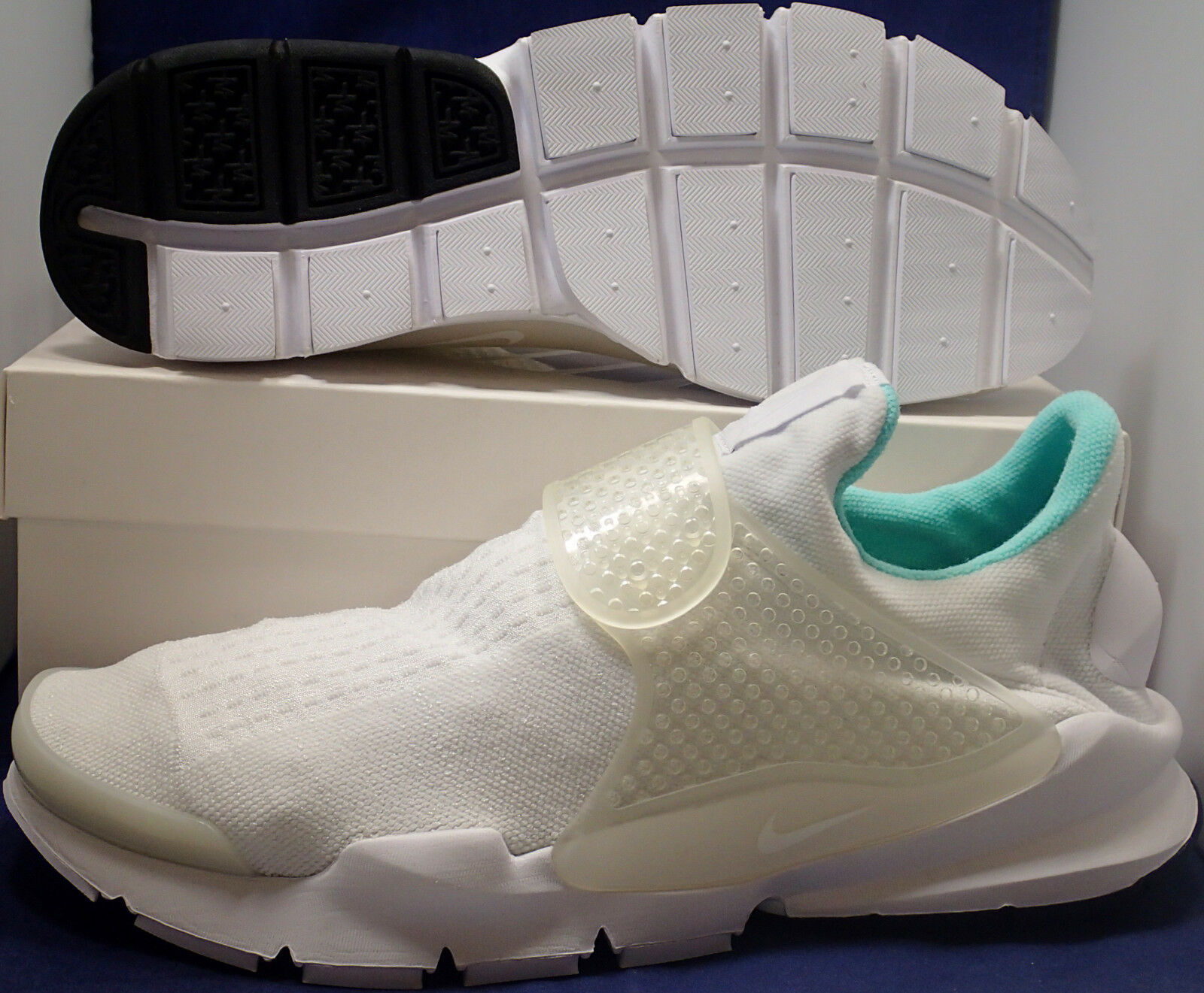 Nike Sock Dart iD White Mint Green SZ 13 ( 880957-991 )