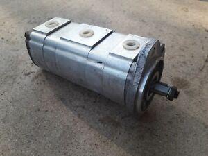 Pompe hydraulique / hydraulic pump JCB 801.4