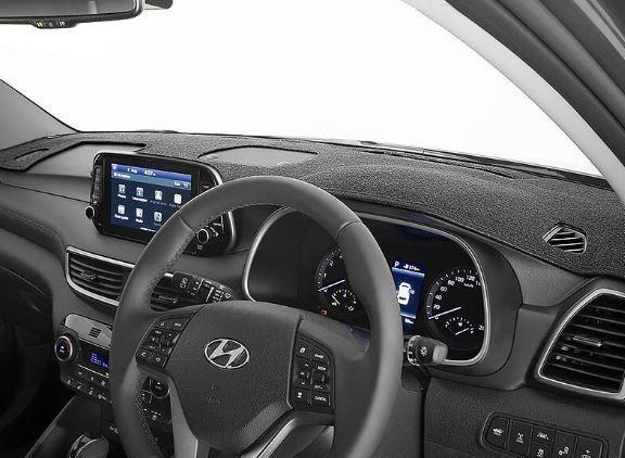 Genuine Hyundai Tuscon moulded dash mat MY15 onwards (D3A50APH00)