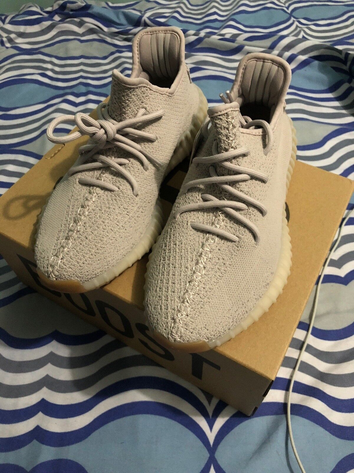 Adidas Yeezy 350 Boost V2 Sesame Size 8 100% AUTHENTIC