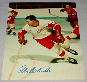 Original-NHL-Alex-Delvechio-detroit-Red-Wings-Signed-Hockey-Photo