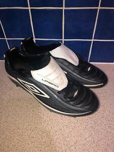 Umbro-Vortex-11-A-5-G-Chaussures-De-Football-Noir-Gris-Blanc-Taille-UK-10-US-11-EUR-44-5