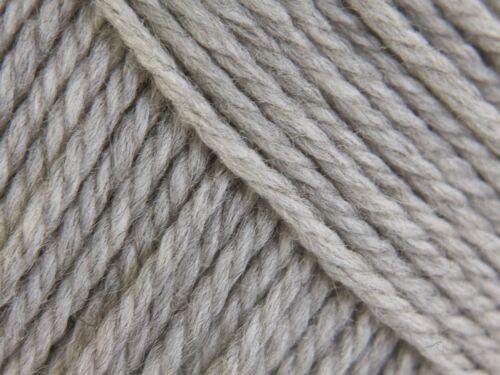 Rico Essentials Suave Merino Aran-SH 20 gris claro