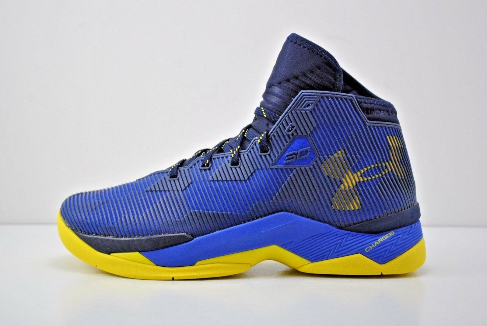 Under Armour 9.5 UA Curry 2.5 Basketball Shoes Size 9.5 Armour Blue Yellow 1274425 400 a47202