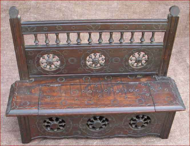 Vintage French Country Chest Bench Bench Bench for Doll Carved Wood Quimper 1920 7701cf
