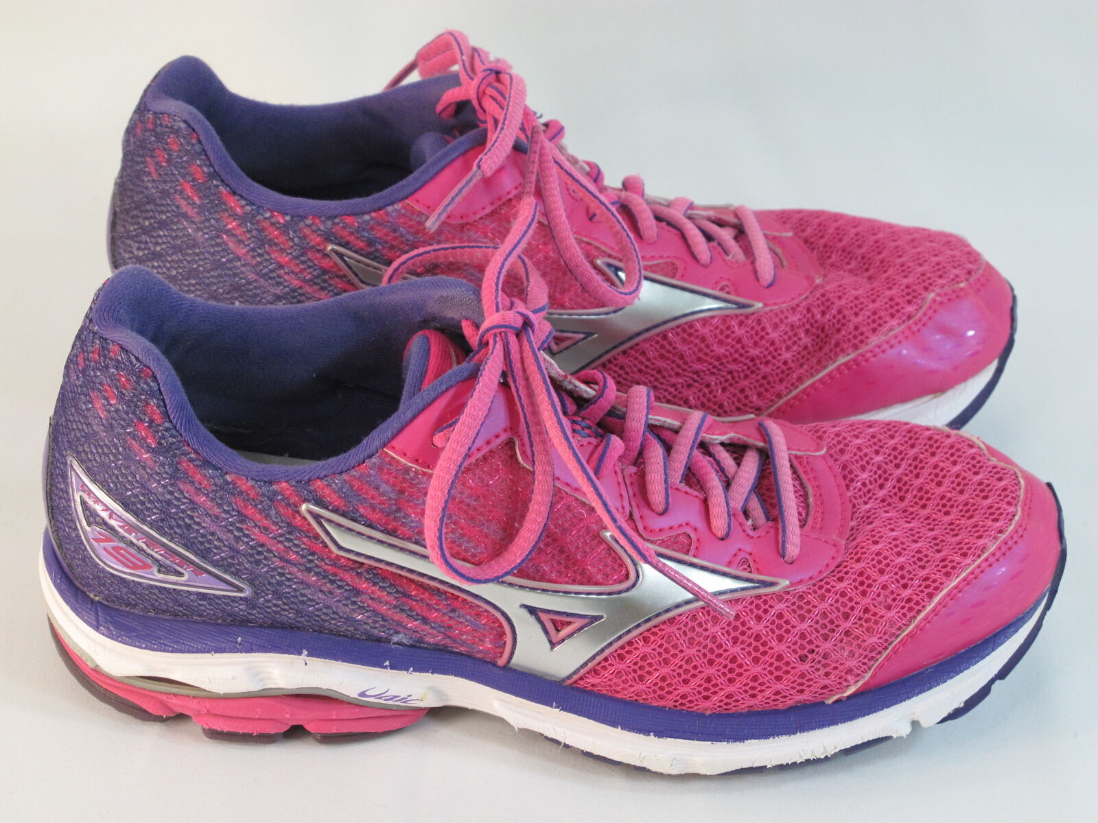 Mizuno Wave Rider 19 Running shoes Women's Size 8.5 US Excellent Plus Condition