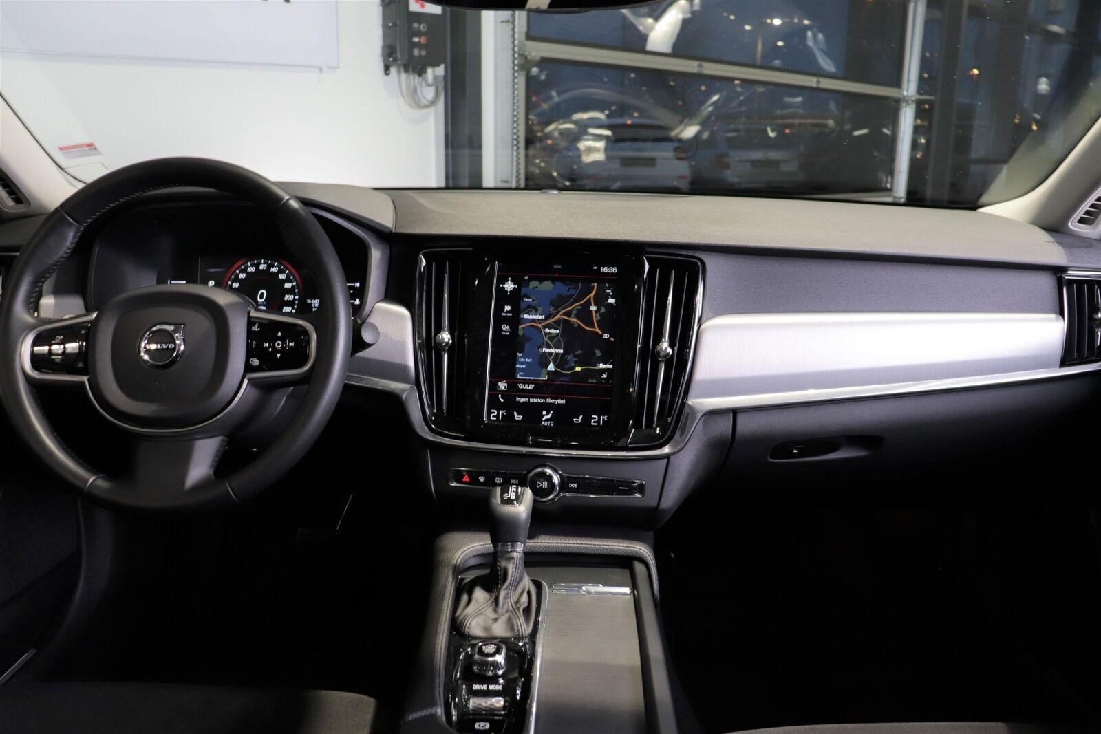 Volvo S90 D4 190 Momentum aut.