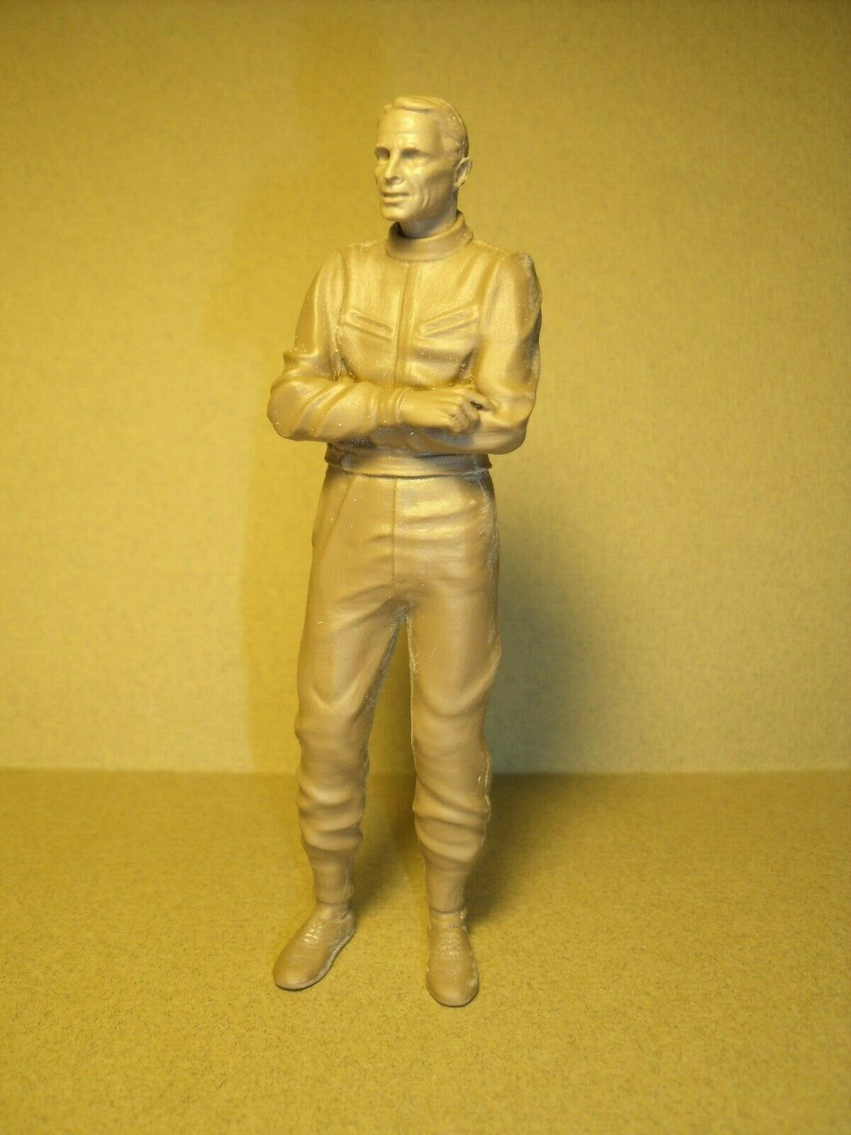 DAN  GURNEY  1 18  FIGURE  BY  VROOM  3D  FOR  EXOTO  SHELBY  COLLECTIBLES  1 18