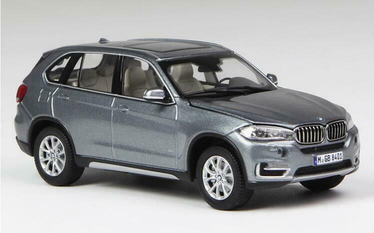 Paragon 1 43 Alloy diecasting car model BMW X5 Series Gift collection