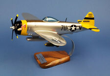 P-47D Thunderbolt  Jagdbomber 1945 Riesig 1:32 / Avion / Aircraft / YAKAiR