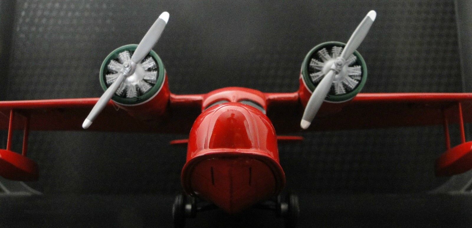 Aircraft Airplane Military Model Diecast Armor WW2 Vintage 1 48 Carousel Red b17