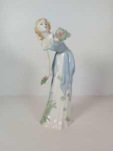 Royal-Doulton-Reflections-Figurine-HN-3091-034-Summer-039-s-Darling-034-Appr-28cm-Tall