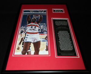 Elvin-Hayes-Framed-12x18-Photo-Display-Bullets