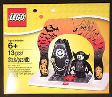 LEGO Halloween Set 850936 Lord Vampyre Minifigure Spooky Coffin Seasonal NEW