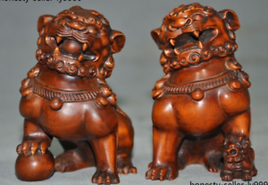 Old-china-chinese-Boxwood-wood-hand-carved-foo-dog-lion-rich-animal-statue-pair