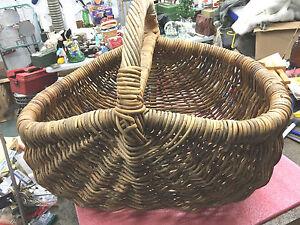BS6-RARE-heavy-duty-vintage-woven-hand-made-wicker-basket-HUGE-21-034-L-x-17-034-H