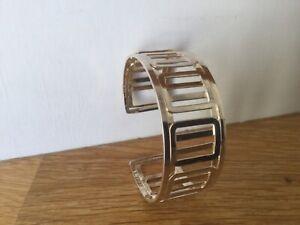 Bracelet manchette argentée neuve