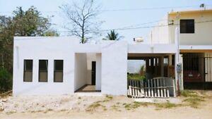 Casa nueva de una planta con patio trasero en Col. Jardines de Champayan, Tampico