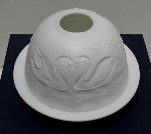 "Sorelle Fine Porcelain ""Swans"" Votive Candle Light Holder - NEW and UNUSED"
