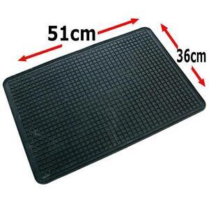 Single Rubber Car Floor Mat Universal 51 x 36 cm Footwell Car Van