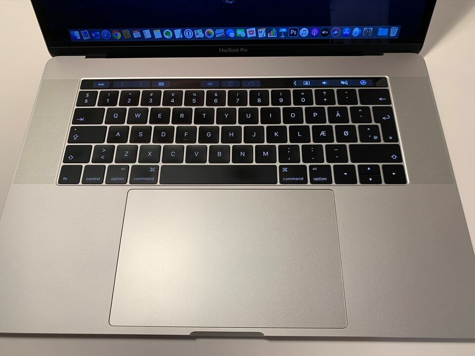"MacBook Pro, 15"" Sølv, 2,6 GHz"