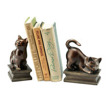 Playing Cat Bookends