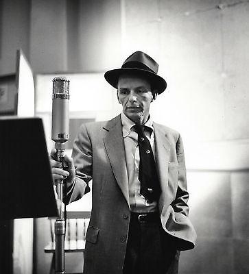 Herman LEONARD: Frank Sinatra, NYC, 1956 / Silver Print / Printed 2004 / SIGNED