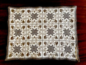 VINTAGE-LEFKARA-HAND-EMBROIDERED-Natural-LINEN-TABLE-CENTRE-CLOTH-Place-Mat