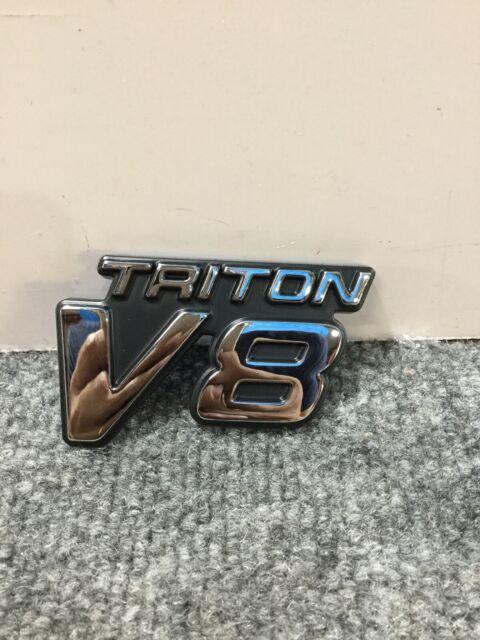 V8 TRITON EMBLEM BRAND NEW OEM FORD F-250-350-450-550 99-04 #F81Z-16720-AZ