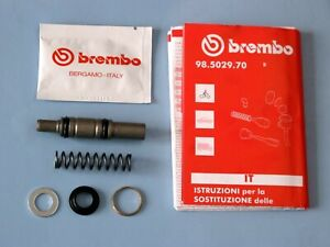 MOTO-GUZZI-LEMANS-1-2-BREMBO-FRONT-MASTER-CYLINDER-12MM-BREMBO-PISTON-SEAL-KIT